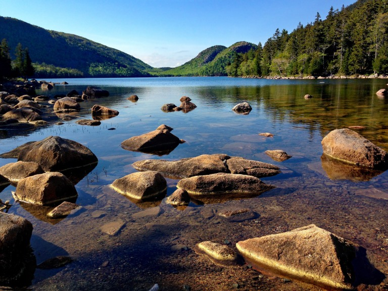 landscape-and-scenic-of-mountains-and-lake-at-acadia-national-park-maine